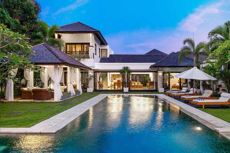 Sea-Side-at-the-pool-homes-Residence-2-767-x-511