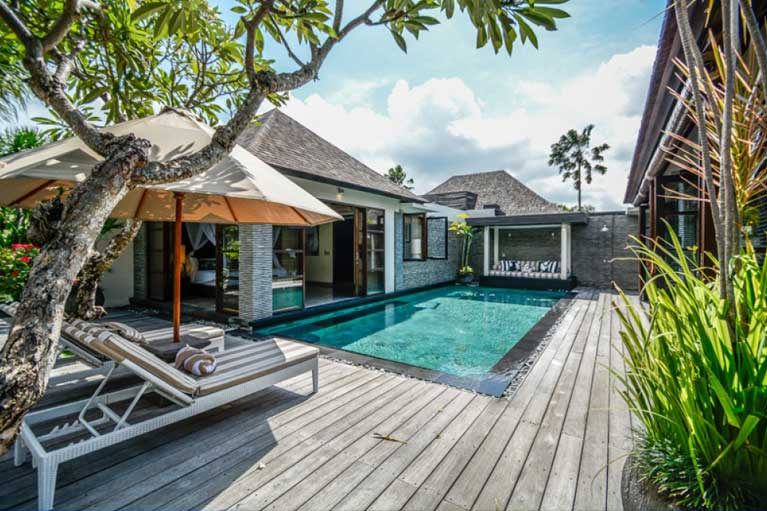 Sea-Side-at-the-pool-homes-Residence-3-767-x-511
